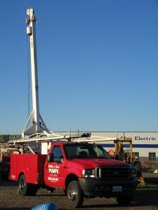 derrick pump service truck